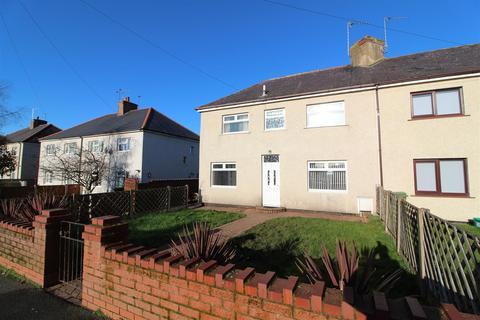 3 bedroom semi-detached house to rent - Sixth Avenue, Llay, Wrexham