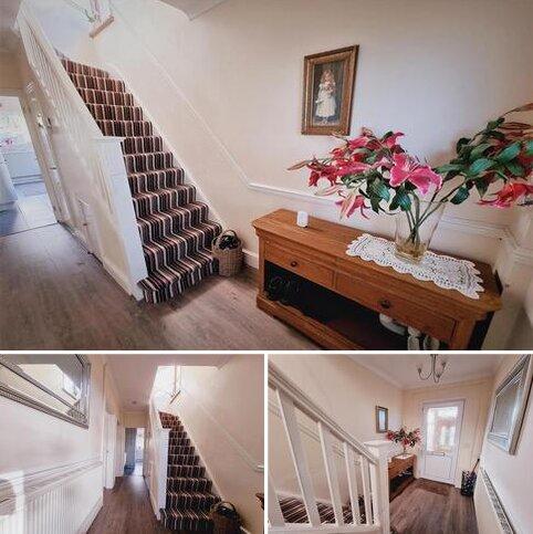 3 bedroom detached house for sale - Swansea Road, Garden Village, Swansea