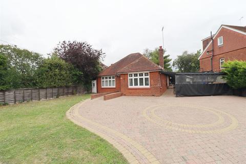 3 bedroom detached bungalow for sale - Panfield Lane, Braintree