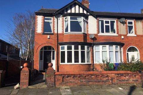 3 bedroom semi-detached house to rent - St Brendans Road North, Withington