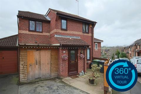 3 bedroom semi-detached house for sale - Farm Hill, Exwick, Exeter