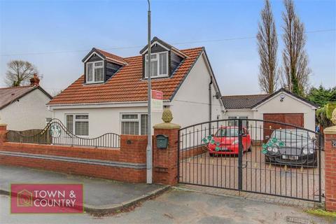 3 bedroom detached bungalow for sale - Villa Road, Sealand, Deeside, Flintshire