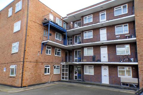 1 bedroom apartment to rent - High Street South