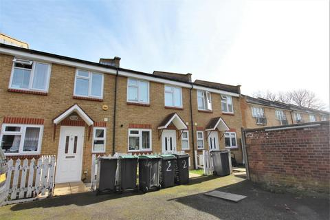 2 bedroom terraced house to rent - Emilia Place, Vicarage Road, Tottenham, N17
