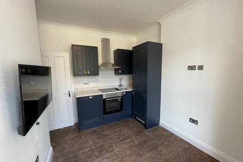 Studio to rent - Gloucester Place, Marylebone, London, NW1