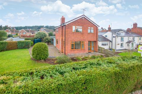 3 bedroom detached house for sale - Old Coach Road, Kelsall, Tarporley