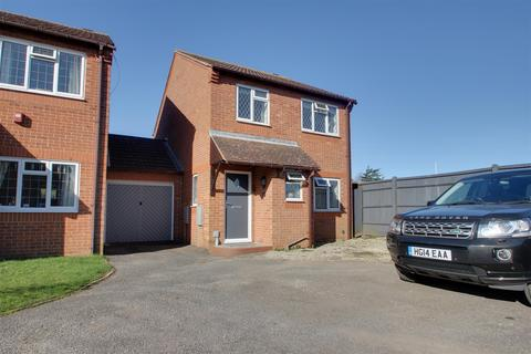 3 bedroom detached house for sale - Glebeside Close, Worthing