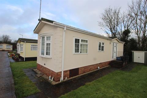 2 bedroom park home for sale - Barnet Road, Barnet