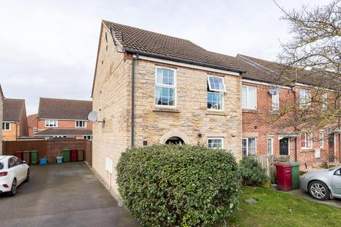 3 bedroom house for sale - St. James Place, Scunthorpe