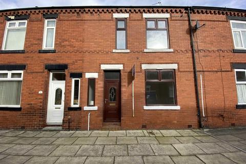 3 bedroom terraced house to rent - Cedric Street, Salford