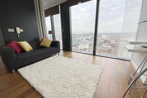 Studio to rent - Beetham Tower, Deansgate