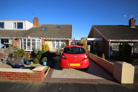 3 bedroom semi-detached bungalow for sale - Woodburn Square, Whitley Lodge, Whitley Bay, NE26 3JD