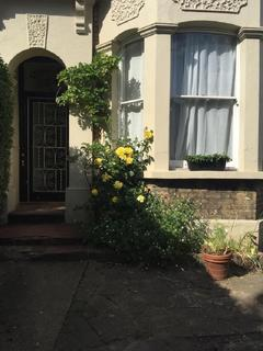 House share to rent - Bulwer Road, Leytonstone, London, Greater London. E11
