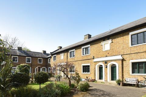 Studio to rent - Sedgmoor Place Camberwell SE5