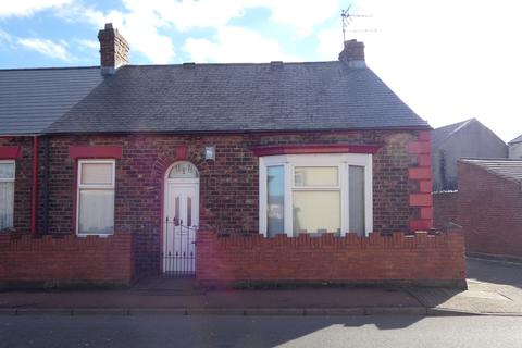 2 bedroom cottage for sale - Byron Road, Southwick, Sunderland, Tyne and Wear, SR5 2LF