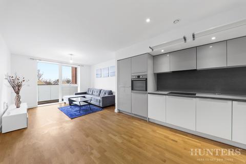 3 bedroom flat to rent - Bathurst Square, London, N15 4FA
