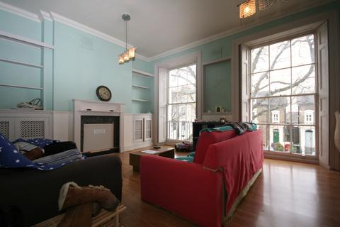2 bedroom duplex to rent - Tollington Park London N4