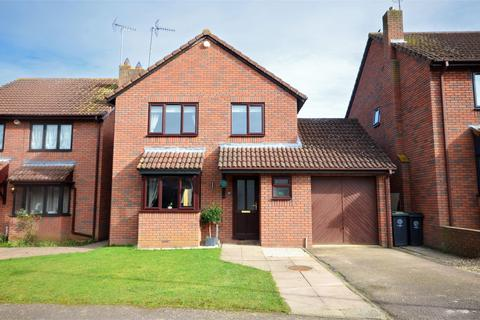 3 bedroom detached house for sale - Broadlands, Raunds, Wellingborough, Northamptonshire