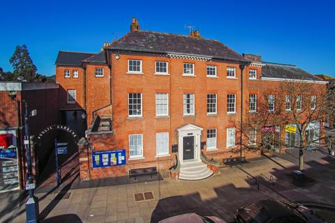 2 bedroom flat for sale - Westbrooke House, 76 High Street, Alton, Hampshire