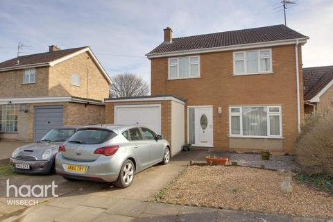 3 bedroom detached house for sale - Fenland Road, Wisbech