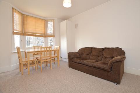 2 bedroom flat to rent - Milkwood Road Herne Hill SE24