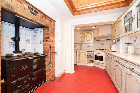 3 bedroom detached bungalow for sale - High Road, Epping, Essex