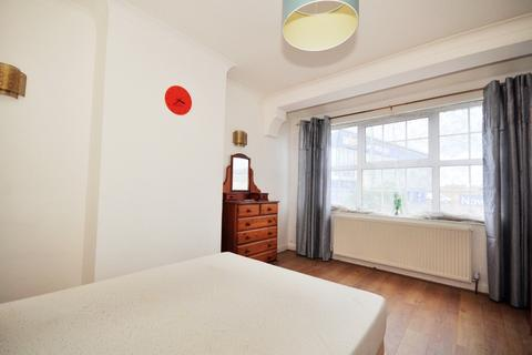 1 bedroom house share to rent - Erskine Road Sutton SM1