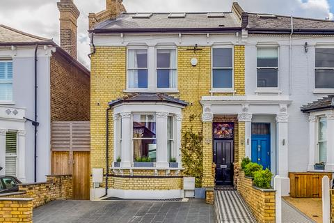 5 bedroom semi-detached house for sale - Dornton Road, London, SW12