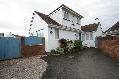 4 bedroom detached bungalow for sale - Goodrington Road | Paignton