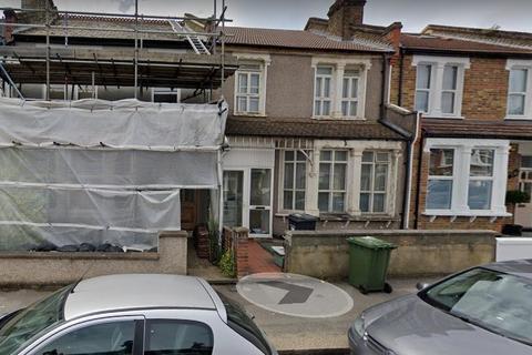 3 bedroom semi-detached house for sale - Crofton Park Road, SE4