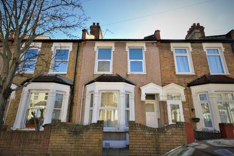 3 bedroom terraced house for sale - Masterman Road, London