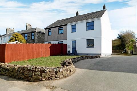 3 bedroom semi-detached house for sale - Doklyn Court, Redruth