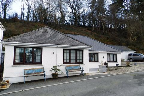 3 bedroom detached bungalow for sale - Glenview, Newcastle Emlyn