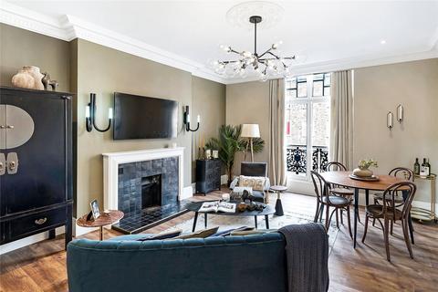 3 bedroom apartment to rent - Montagu Mansions, London, W1U