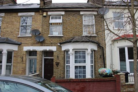 2 bedroom terraced house to rent - Canning road E17, Walthamstow