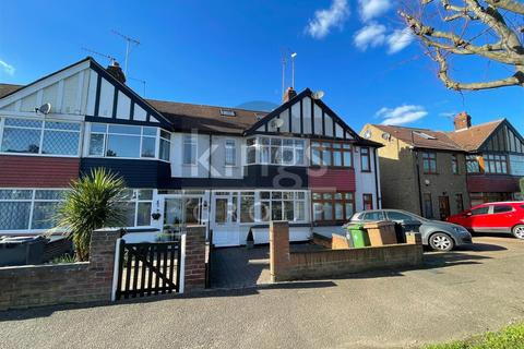 3 bedroom terraced house for sale - Waltham Way, London