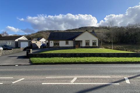 2 bedroom detached bungalow for sale - Glynderi, Glanamman, Ammanford