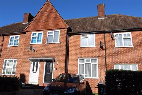 3 bedroom terraced house for sale - Groveside Road, Chingford, London