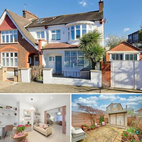 3 bedroom end of terrace house for sale - Alfriston Road, London, SW11