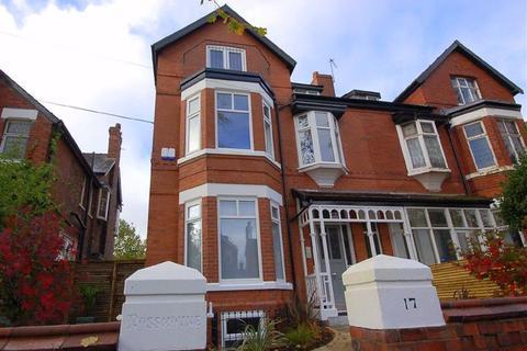 2 bedroom apartment to rent - Chandos Road, Chorlton