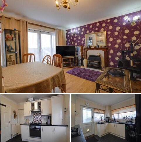 3 bedroom semi-detached bungalow for sale - Oaklands, Llanelli