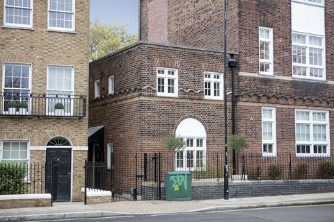 2 bedroom end of terrace house for sale - Grove Lane, Camberwell, SE5