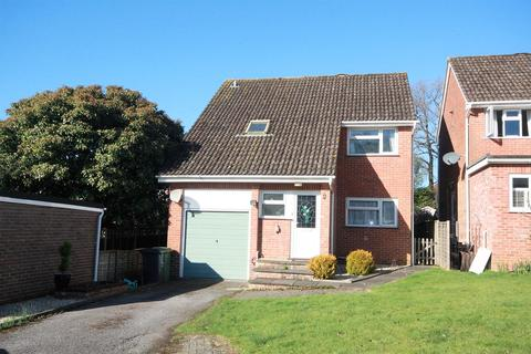 4 bedroom detached house for sale - Piping Close, Colden Common, Winchester