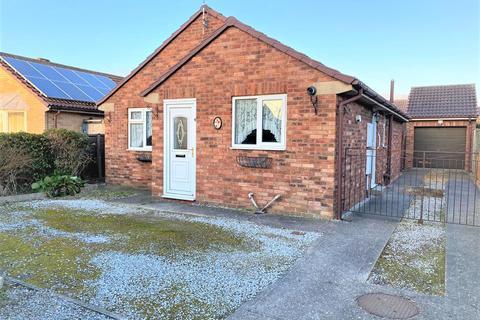 2 bedroom detached bungalow for sale - Rolston Road, Hornsea