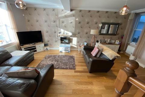 3 bedroom end of terrace house for sale - Ynyshir - Porth