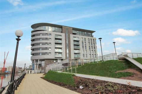 2 bedroom apartment for sale - X1 Manchester Waters development M16