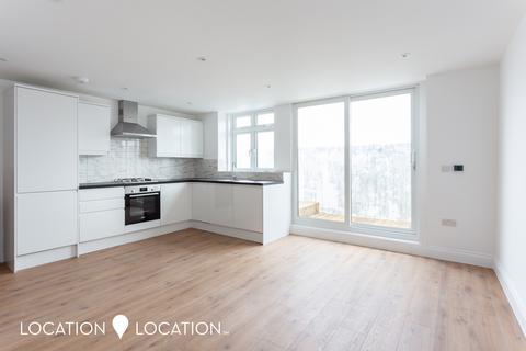 2 bedroom flat to rent - Stoke Newington Road, N16