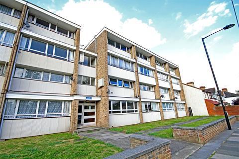 2 bedroom flat for sale - Parsonage Lane, Enfield, Greater London, EN2