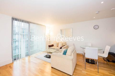 1 bedroom apartment to rent - Highbury Stadium Square, Highbury, N5