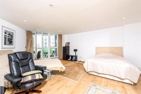 Studio for sale - Kestrel House, St. George Wharf, Vauxhall, SW8